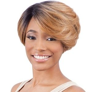 Pretty Lace Front Wig Deep Invisible Part